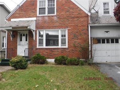 Single Family Home Available: 917 West Wyoming Street