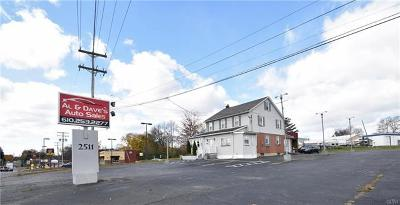 Multi Family Home Available: 2511 Freemansburg Avenue
