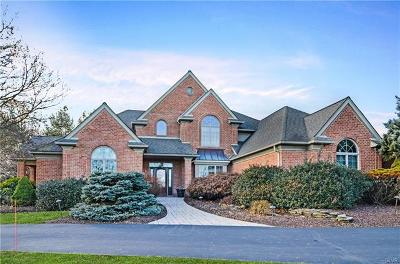 Single Family Home Available: 2760 Apple Valley Circle