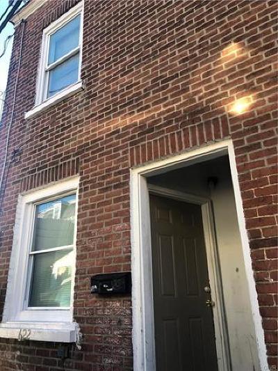 Multi Family Home Available: 622 Fair Street
