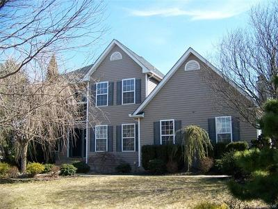 Single Family Home Available: 1345 Mohawk Lane