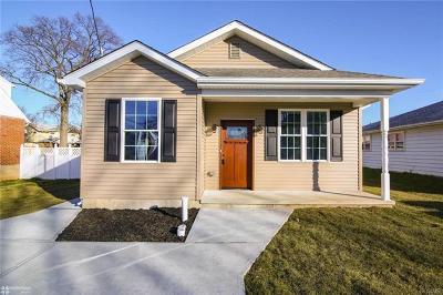 Single Family Home Available: 865 North Van Buren Street