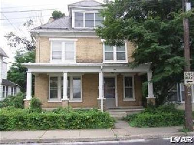 Easton Single Family Home Avail w/Contingency: 696 Wolf Avenue