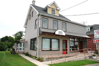 Multi Family Home Available: 1808 Freemansburg Avenue