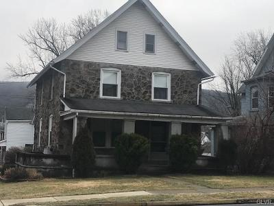 Multi Family Home Available: 904 Delaware Avenue