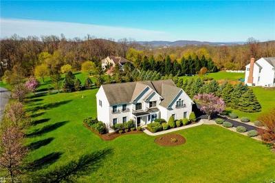 Single Family Home Available: 90 Mansfeld Road