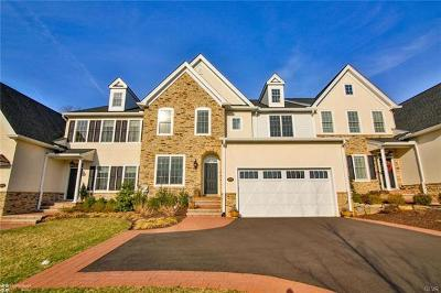 Single Family Home Available: 1970 Carriage Knoll Drive