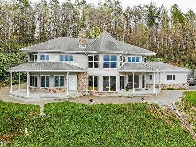 Single Family Home Available: 675 Airport Road