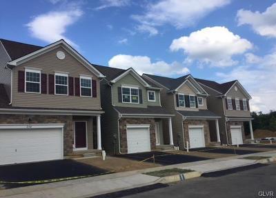 Single Family Home Available: 2084 West Huntington Lane #23