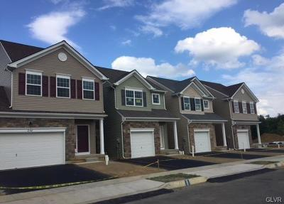 Single Family Home Available: 2110 West Huntington Lane #19
