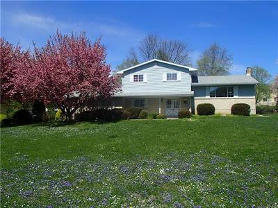 Single Family Home Avail w/Contingency: 520 Royal Manor Road