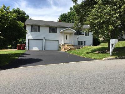 Easton Single Family Home Available: 604 Ramblewood Drive
