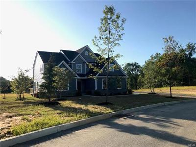 Single Family Home Available: 40 Kate Court