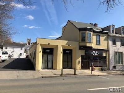 Multi Family Home Available: 39 South 9th Street