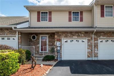 Easton Single Family Home Available: 12 Saratoga Court