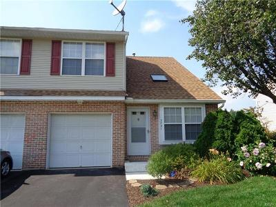 Single Family Home Available: 2721 Victoria Lane