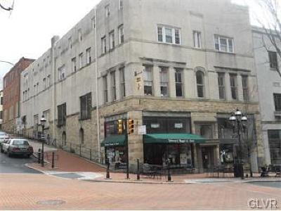 Single Family Home Available: 79 West Market Street #Apartmen