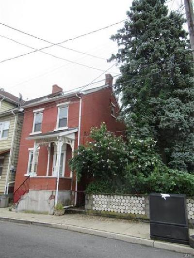 Multi Family Home Available: 1142 Mechanic Street