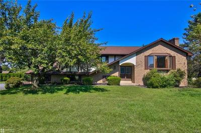 Single Family Home Available: 3945 Crestwood Drive