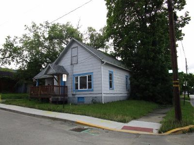 Single Family Home Sold: 17 Penn Avenue