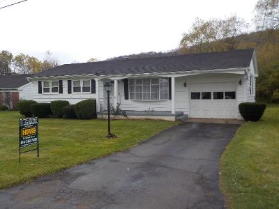 Bradford PA Single Family Home For Sale: $99,000