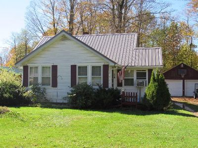 McKean County Single Family Home For Sale: 262 Burning Well Road