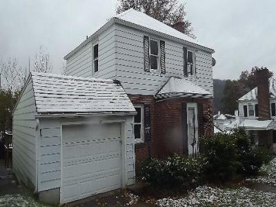 Bradford Single Family Home For Sale: 53 Orchard Place