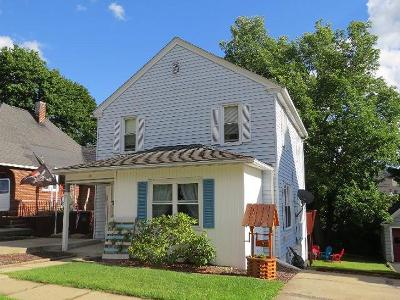 Bradford PA Single Family Home For Sale: $96,500