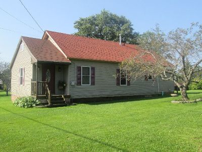 Rew PA Single Family Home For Sale: $89,000