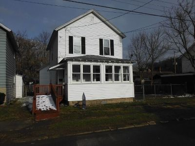 Single Family Home Sold: 10 North Bennett Street