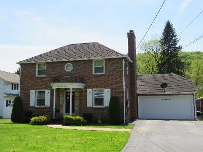 Bradford Single Family Home For Sale: 327 Interstate Parkway
