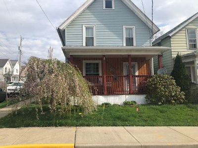 Bradford Single Family Home For Sale: 78 State Street