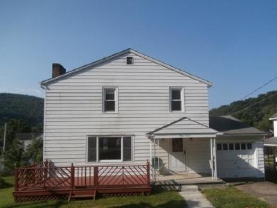 Cameron County Single Family Home For Sale: 311 West Alleghany