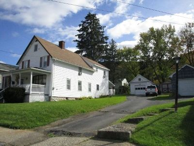 Bradford PA Single Family Home For Sale: $104,900