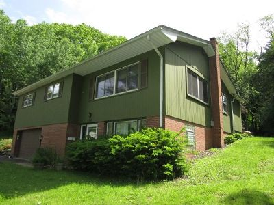 Bradford PA Single Family Home For Sale: $139,900