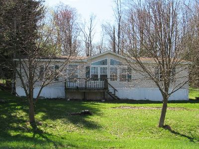 Kane PA Single Family Home For Sale: $58,500