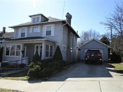 Bradford Single Family Home For Sale: 16 Elm Street