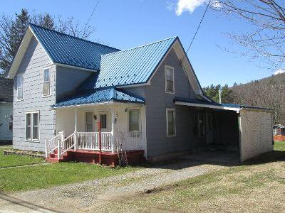 Single Family Home For Sale: 1005 E. Honeoye Street
