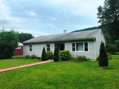 Emporium PA Single Family Home For Sale: $67,900