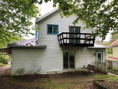McKean County Single Family Home For Sale: 90 Church