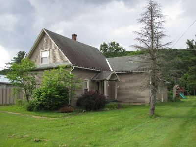 McKean County Single Family Home For Sale: 565 Derrick Road