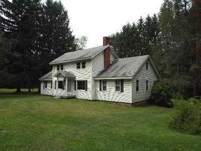 McKean County Single Family Home For Sale: 15475 Route 6