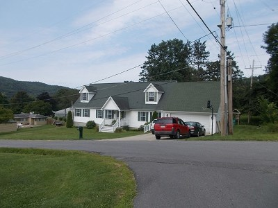 McKean County Single Family Home For Sale: 215 Keating Avenue