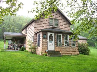 McKean County Single Family Home For Sale: 100 Two Mile Road
