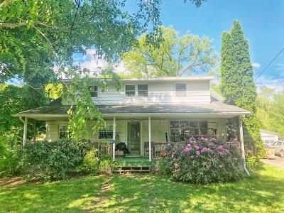 Covington Single Family Home Uc - Continue To Show: 167 Canada Road