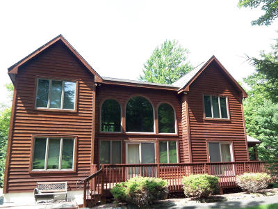 Lake Harmony Single Family Home For Sale: 11 Woods End