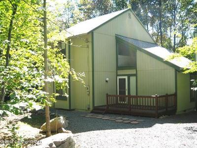 Pocono Pines Single Family Home For Sale: 1421 Redwood Ter