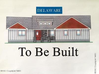 Bushkill Single Family Home For Sale: 114 Bear Court