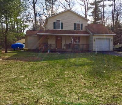 Pocono Summit Single Family Home For Sale: 1131 Thunder Dr