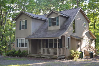 Lake Harmony Single Family Home For Sale: 51 Forest Dr